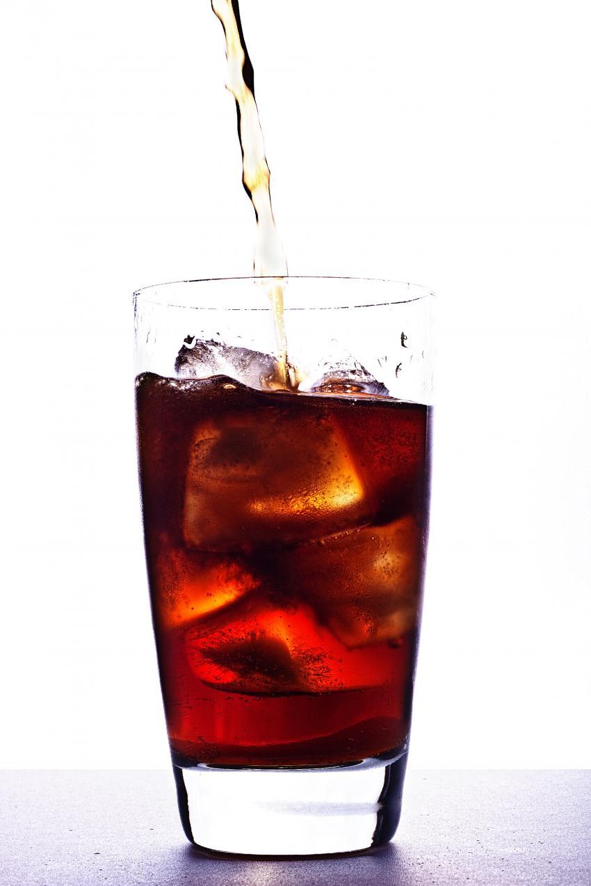 Las bebidas azucaradas y la obesidad no tienen relación